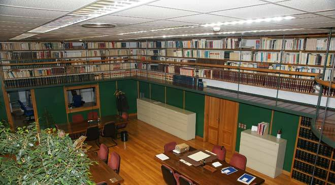 Reference room in the auxiliary library of the Provincial Historical Archive of Vizcaya © Ministerio de Cultura