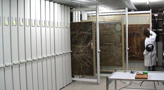 Restoration room in the Archive of the Royal Chancery in Valladolid © Ministerio de Cultura