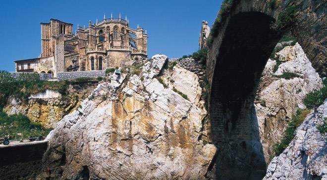 C'est de toute beauté : sites et lieux magnifiques de notre monde.  Castrourdiales_t3900164a.jpg_1306973099