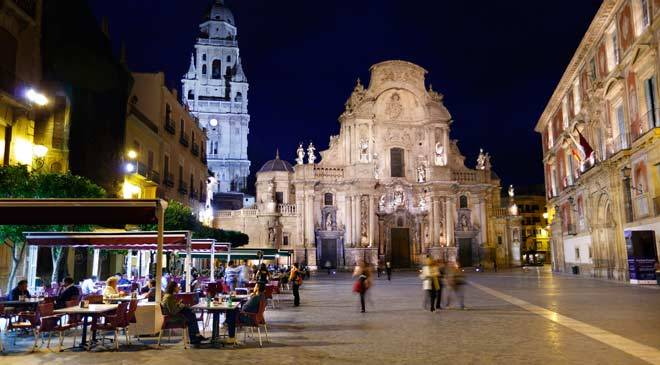 Plaza del Cardenal Belluga, Cathedral and Episcopal Palace. Murcia © Turespaña