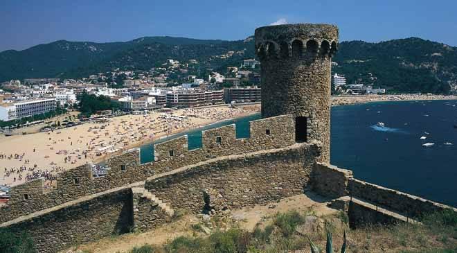 Tossa de mar tourisme culturel tossa de mar g rone sur spain is culture - Oficina de turismo girona ...