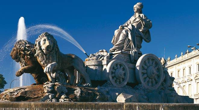 Cibeles fountain. Madrid © Turespaña