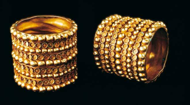 Gold Tartessian bracelets (National Archaeological Museum. Madrid) © Ministerio de Cultura