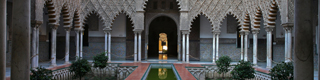 Gardens of the Real Alcázar palace in Seville © Turespaña