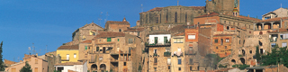 View of houses with the church in the background. Cervera © Turespaña