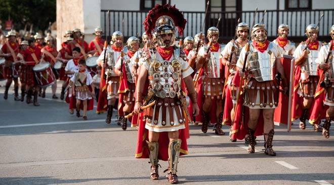 The Cantabrian Wars. Festivities and traditions in Corrales de ...