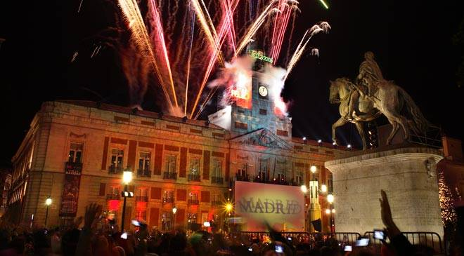 New Year's Eve in the Puerta del Sol square. Madrid © Turespaña
