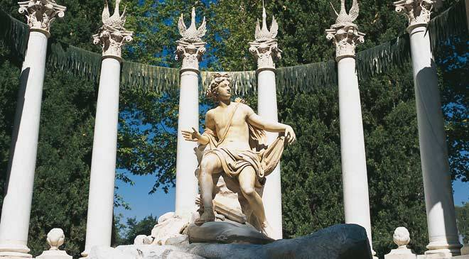 Apollo Fountain in the Prince's Garden. Aranjuez, Madrid © Turespaña