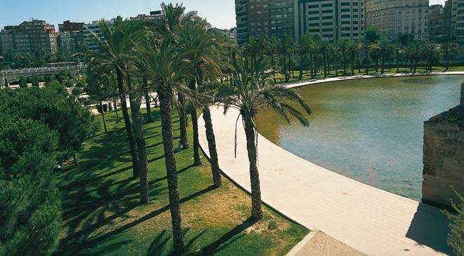 Turia gardens gardens in valencia at spain is culture for Jardines de turia