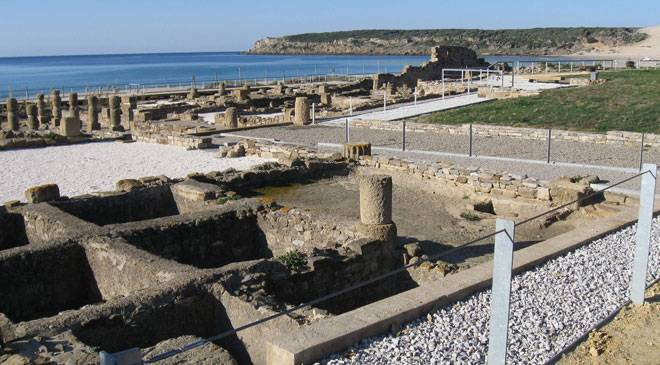 Stone blocks in the ancient Roman city of Baelo Claudia. Tarifa, Cadiz © Turespaña