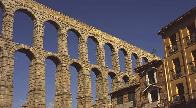 Aqueduc de s govie monuments s govie sur spain is culture for Segovia oficina de turismo