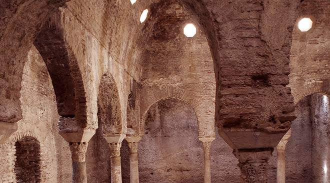 Baños Arabe De Granada:The Bañuelo or Arab baths: monuments in Granada at Spain is culture