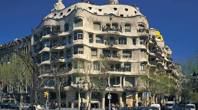 casa mil la pedrera monuments in barcelona at spain is. Black Bedroom Furniture Sets. Home Design Ideas