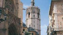 Partial view of the cathedral and the Miguelete tower. Valencia © Turespaña