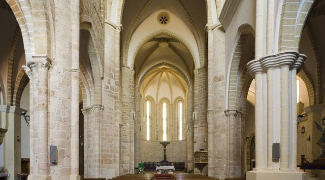 Naves in the church of San Salvador in Cifuentes © Turespaña