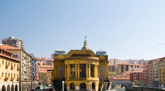 View of the exterior of the Ribera market, Bilbao ©Turespaña