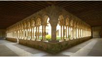 View of the cloister at the monastery of San Andrés de Arroyo © Junta de Castilla y León