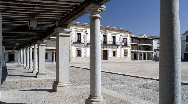 Plaza Mayor square. Tembleque, Toledo © Turespaña