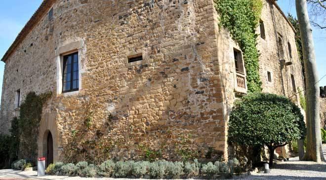 Púbol Castle, Gala Dalí House-Museum: museums in Pera, La, Girona at Spain is...