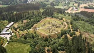 View of the Castro de Viladonga archaeological site. Castro de Rei, Lugo © Ministerio de Cultura