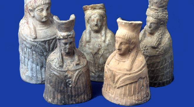 Terracottas of Tanit, in the Ibiza and Formentera Archaology Museum. Ibiza © Ministerio de Cultura
