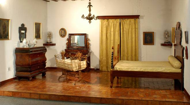 Bourgeois bedroom. Seville Museum of Art and Popular Customs © Ministerio de Cultura