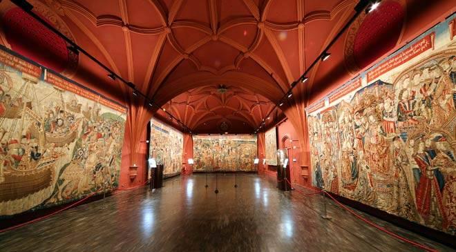 Museo de Tapices y Capitular de La Seo: Museums in Zaragoza, Spain. Cultural ...