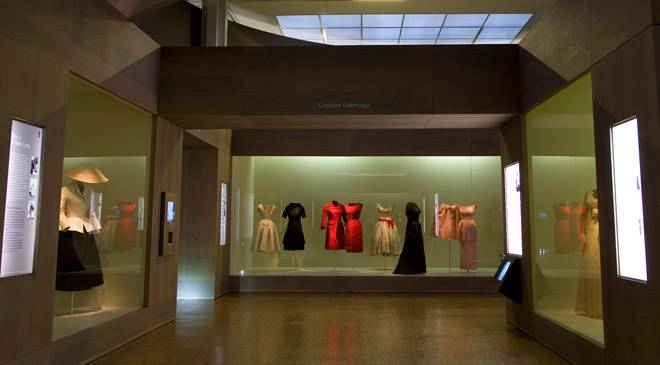 Room with dresses by the designed Balenciaga. Costume Museum ©Turespaña