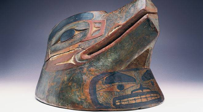 Helmet representing a bird's head. Museum of the Americas ©Turespaña