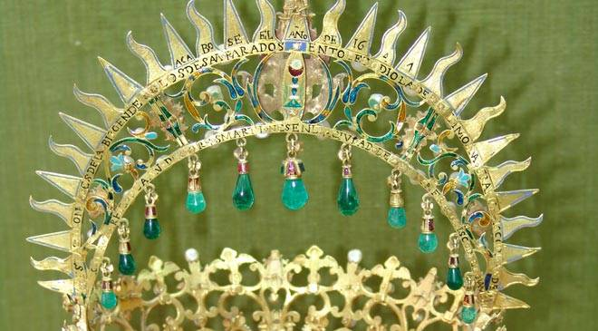 Crown of the Virgin of Los Desamparados. Santa Cruz Museum. Toledo © Ministerio de Cultura