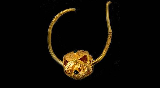 'Earring from Fuentes de Aquillán'. Huesca Museum © Ministerio de Cultura