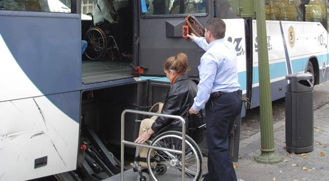 Bus adapted for wheelchairs © Predif