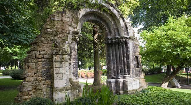 Parc san francisco jardins oviedo asturies sur spain for Oficina de turismo oviedo