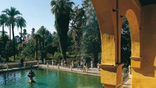 The Mercury Pool. Gardens of the Reales Alcázares. Seville © Turespaña