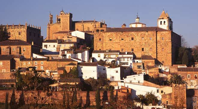 View of the historic centre of Cáceres © Turespaña