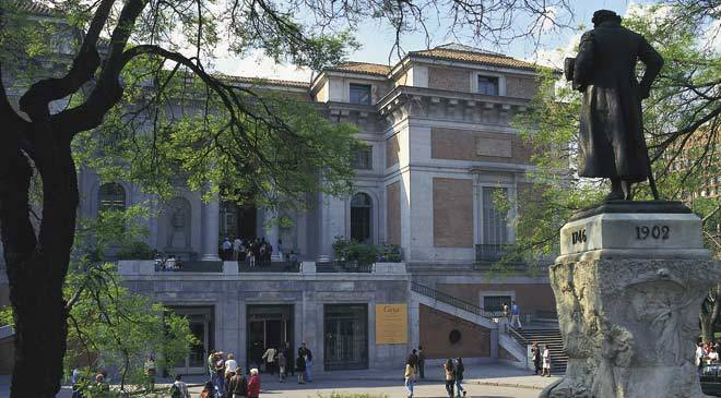 View of the Puerta de Goya entrance, Prado Museum. © Turespaña