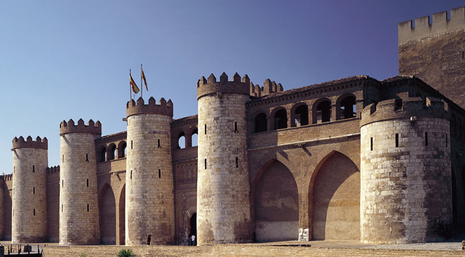 View of the Aljafería Palace. Zaragoza © Turespaña