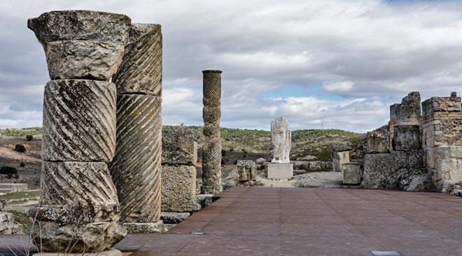View of the Segóbriga Archaeology Park (Cuenca) © Turespaña