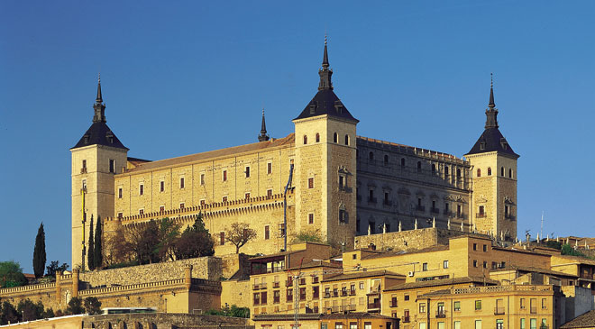 Alcázar de Toledo, home to the Army Museum © Turespaña